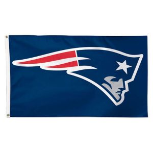 WinCraft New England Patriots Deluxe 3′ x 5′ Flag